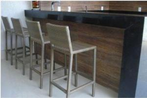 Banqueta Bistrô Café / Bar